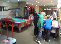 Arcade games, Le Bowling, Val Thorens