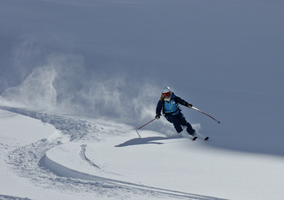 Powder skiing in Val Thorens