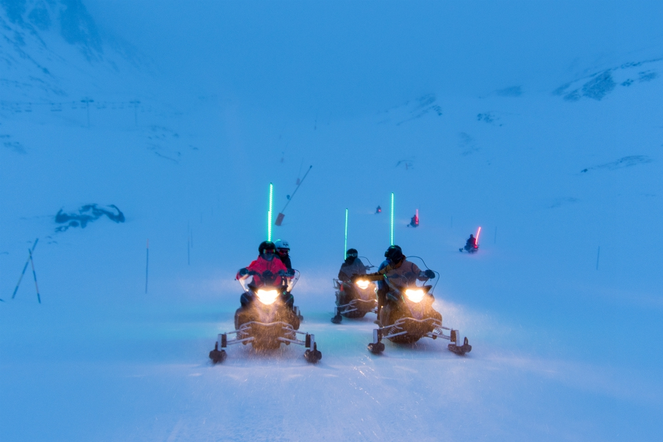 Snowmobiles in Val Thorens