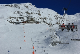 Plein Sud chairlift and piste, Val Thorens