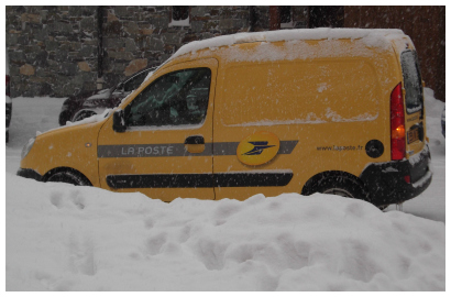 La Poste van in Val Thorens
