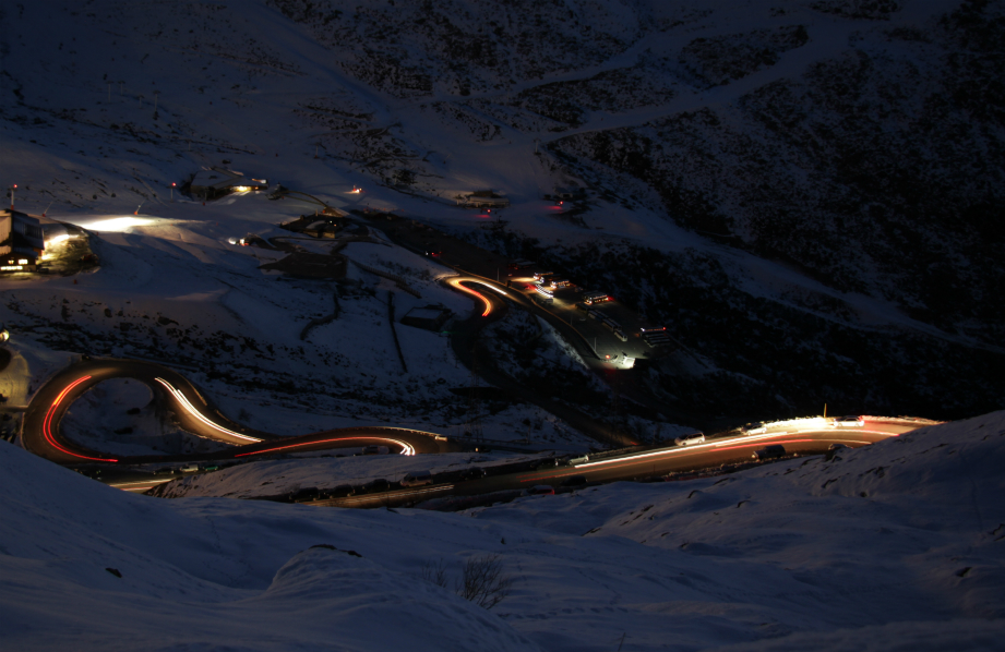 Road to Val Thorens at night
