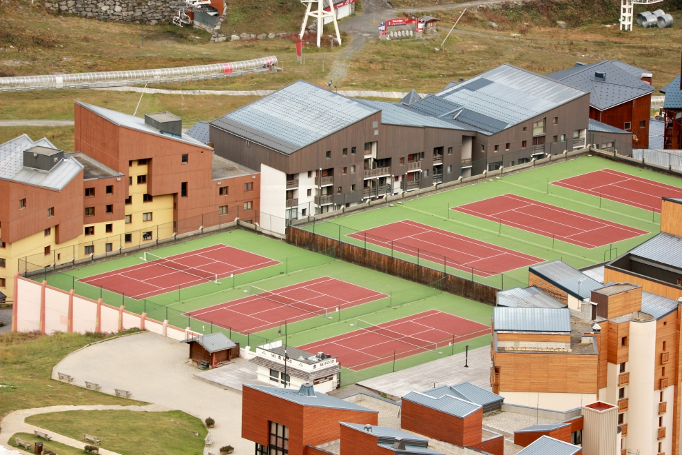 Tennis courts, Sports Centre, Val Thorens