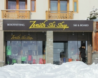 Ski hire at Zenith