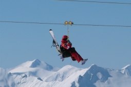 Zip wire in Val Thorens