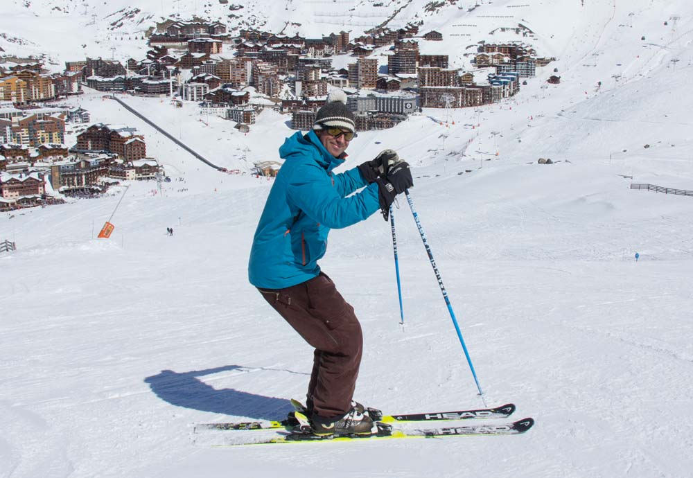 Mistakes in ski posture - high hands